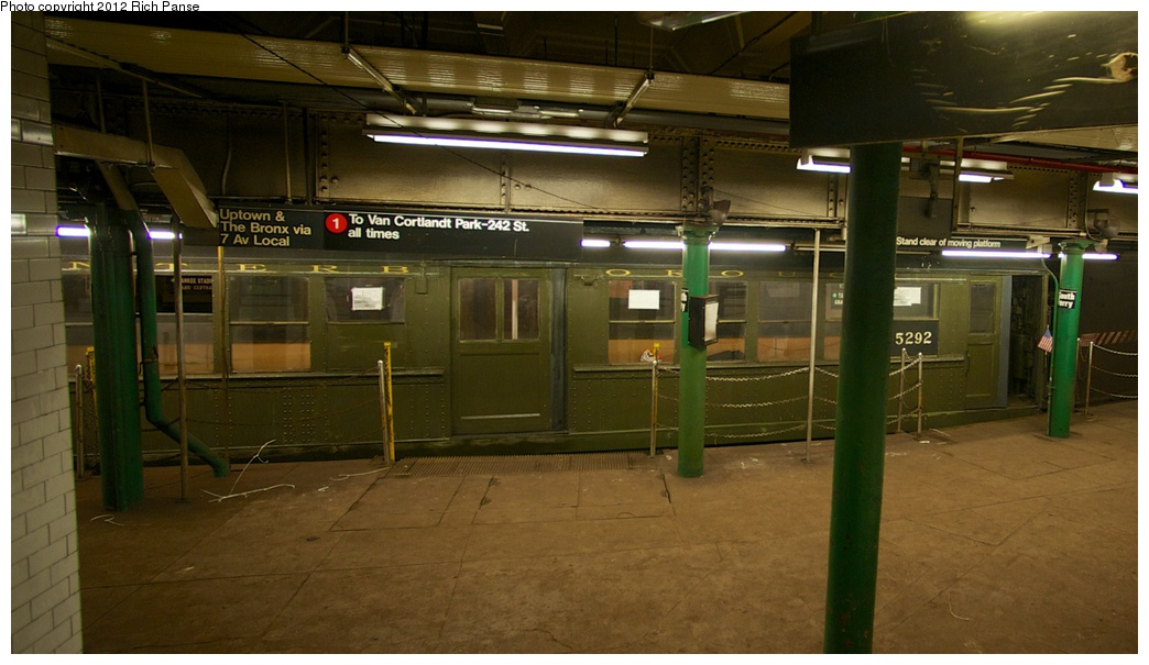 (216k, 1044x605)<br><b>Country:</b> United States<br><b>City:</b> New York<br><b>System:</b> New York City Transit<br><b>Line:</b> IRT West Side Line<br><b>Location:</b> South Ferry (Outer Loop Station) <br><b>Route:</b> Fan Trip<br><b>Car:</b> Low-V (Museum Train) 5292 <br><b>Photo by:</b> Richard Panse<br><b>Date:</b> 10/13/2012<br><b>Viewed (this week/total):</b> 0 / 2153