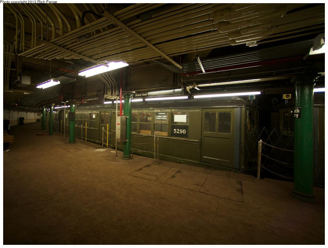 (246k, 1044x788)<br><b>Country:</b> United States<br><b>City:</b> New York<br><b>System:</b> New York City Transit<br><b>Line:</b> IRT West Side Line<br><b>Location:</b> South Ferry (Outer Loop Station) <br><b>Route:</b> Fan Trip<br><b>Car:</b> Low-V (Museum Train) 5290 <br><b>Photo by:</b> Richard Panse<br><b>Date:</b> 10/13/2012<br><b>Viewed (this week/total):</b> 12 / 1737