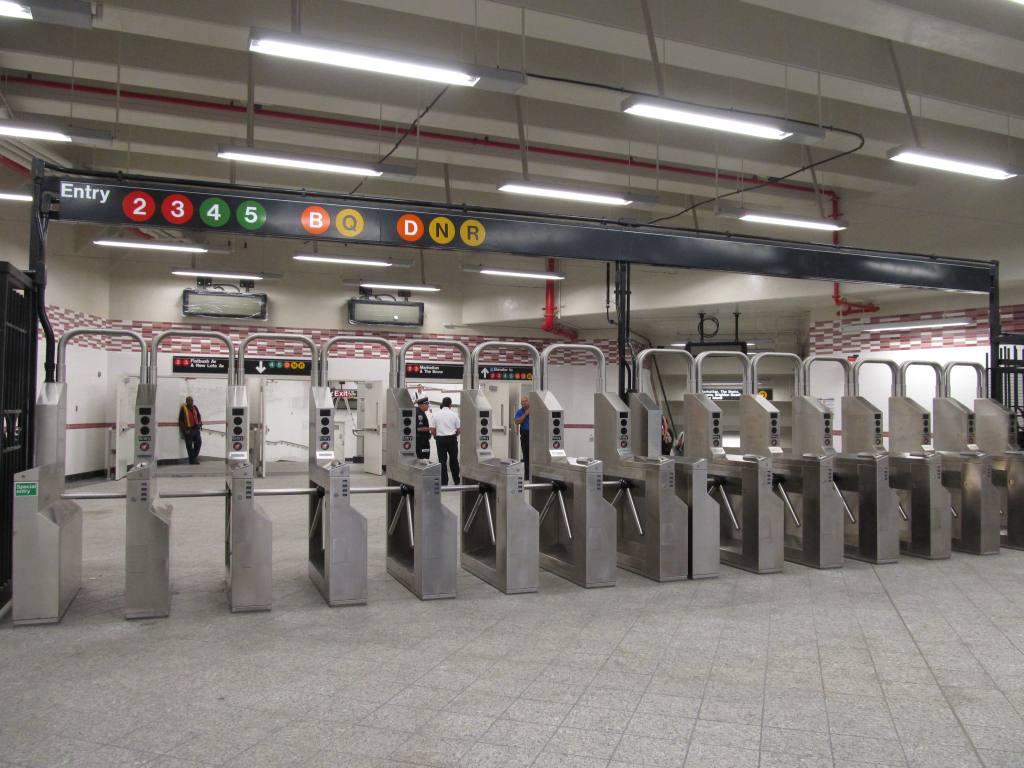 (115k, 1024x768)<br><b>Country:</b> United States<br><b>City:</b> New York<br><b>System:</b> New York City Transit<br><b>Line:</b> IRT Brooklyn Line<br><b>Location:</b> Atlantic Avenue <br><b>Photo by:</b> Robbie Rosenfeld<br><b>Date:</b> 9/19/2012<br><b>Notes:</b> New entrance.<br><b>Viewed (this week/total):</b> 1 / 1056