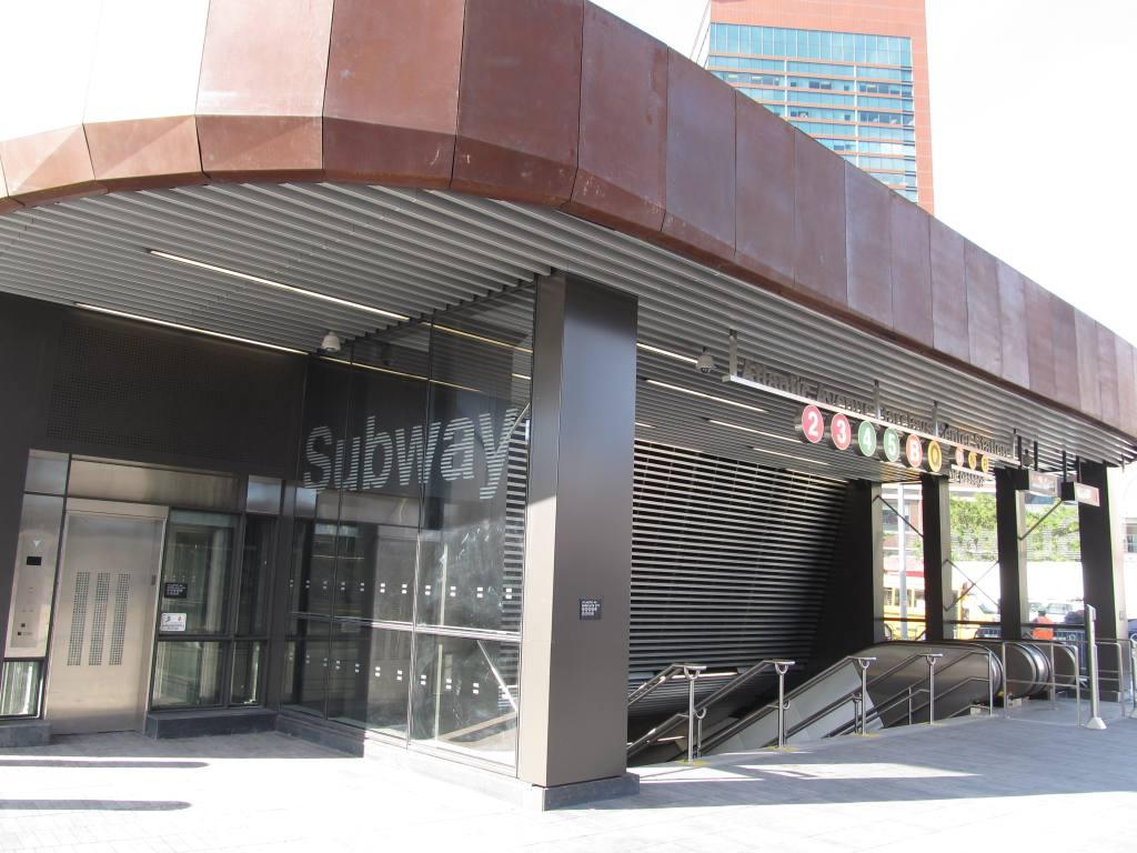 (117k, 1024x768)<br><b>Country:</b> United States<br><b>City:</b> New York<br><b>System:</b> New York City Transit<br><b>Line:</b> IRT Brooklyn Line<br><b>Location:</b> Atlantic Avenue <br><b>Photo by:</b> Robbie Rosenfeld<br><b>Date:</b> 9/19/2012<br><b>Notes:</b> New entrance.<br><b>Viewed (this week/total):</b> 1 / 1115