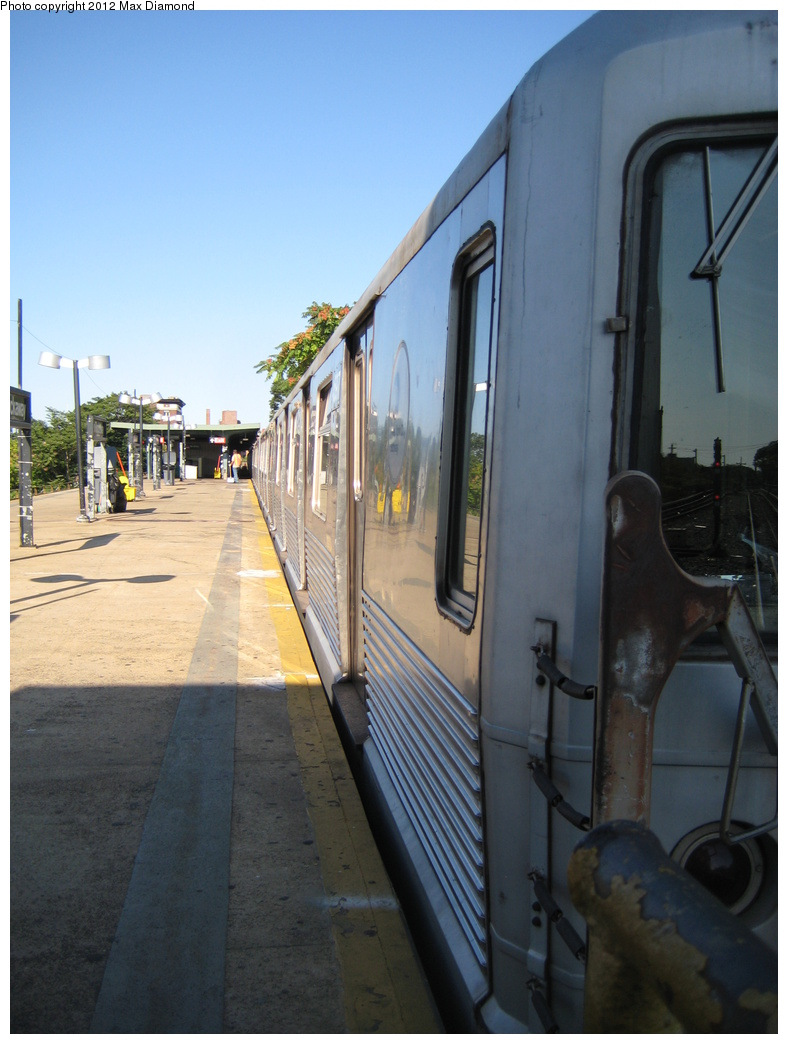 (275k, 788x1044)<br><b>Country:</b> United States<br><b>City:</b> New York<br><b>System:</b> New York City Transit<br><b>Line:</b> IND Rockaway<br><b>Location:</b> Mott Avenue/Far Rockaway <br><b>Route:</b> A<br><b>Car:</b> R-42 (St. Louis, 1969-1970)   <br><b>Photo by:</b> Max Diamond<br><b>Date:</b> 8/22/2008<br><b>Viewed (this week/total):</b> 0 / 738