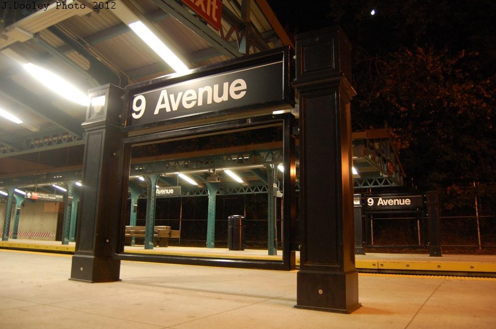 (263k, 1024x680)<br><b>Country:</b> United States<br><b>City:</b> New York<br><b>System:</b> New York City Transit<br><b>Line:</b> BMT West End Line<br><b>Location:</b> 9th Avenue <br><b>Photo by:</b> John Dooley<br><b>Date:</b> 10/22/2012<br><b>Viewed (this week/total):</b> 1 / 1170