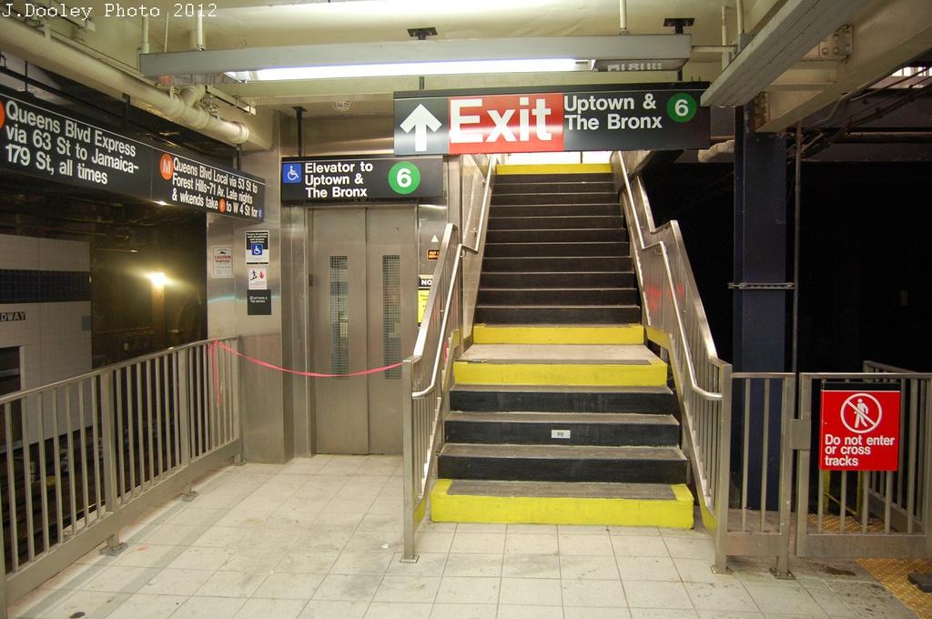 (295k, 1024x680)<br><b>Country:</b> United States<br><b>City:</b> New York<br><b>System:</b> New York City Transit<br><b>Line:</b> IND 6th Avenue Line<br><b>Location:</b> Broadway/Lafayette <br><b>Photo by:</b> John Dooley<br><b>Date:</b> 10/22/2012<br><b>Viewed (this week/total):</b> 1 / 1470