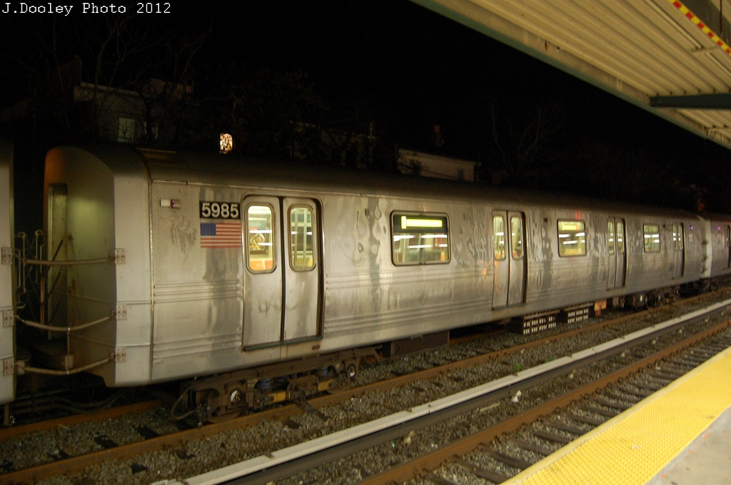 (254k, 1024x680)<br><b>Country:</b> United States<br><b>City:</b> New York<br><b>System:</b> New York City Transit<br><b>Location:</b> Rockaway Park Yard<br><b>Car:</b> R-46 (Pullman-Standard, 1974-75) 5985 <br><b>Photo by:</b> John Dooley<br><b>Date:</b> 10/23/2012<br><b>Viewed (this week/total):</b> 3 / 692
