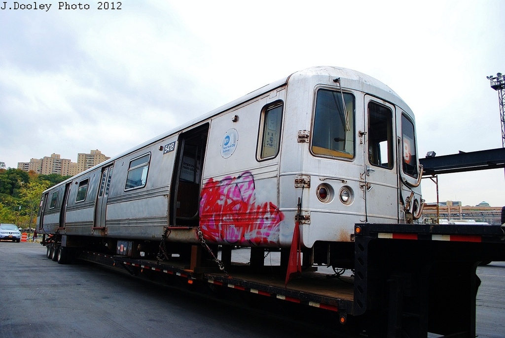 (276k, 1024x687)<br><b>Country:</b> United States<br><b>City:</b> New York<br><b>System:</b> New York City Transit<br><b>Location:</b> 207th Street Yard<br><b>Car:</b> R-44 (St. Louis, 1971-73) 5418 <br><b>Photo by:</b> John Dooley<br><b>Date:</b> 10/26/2012<br><b>Notes:</b> Scrapping<br><b>Viewed (this week/total):</b> 3 / 1579