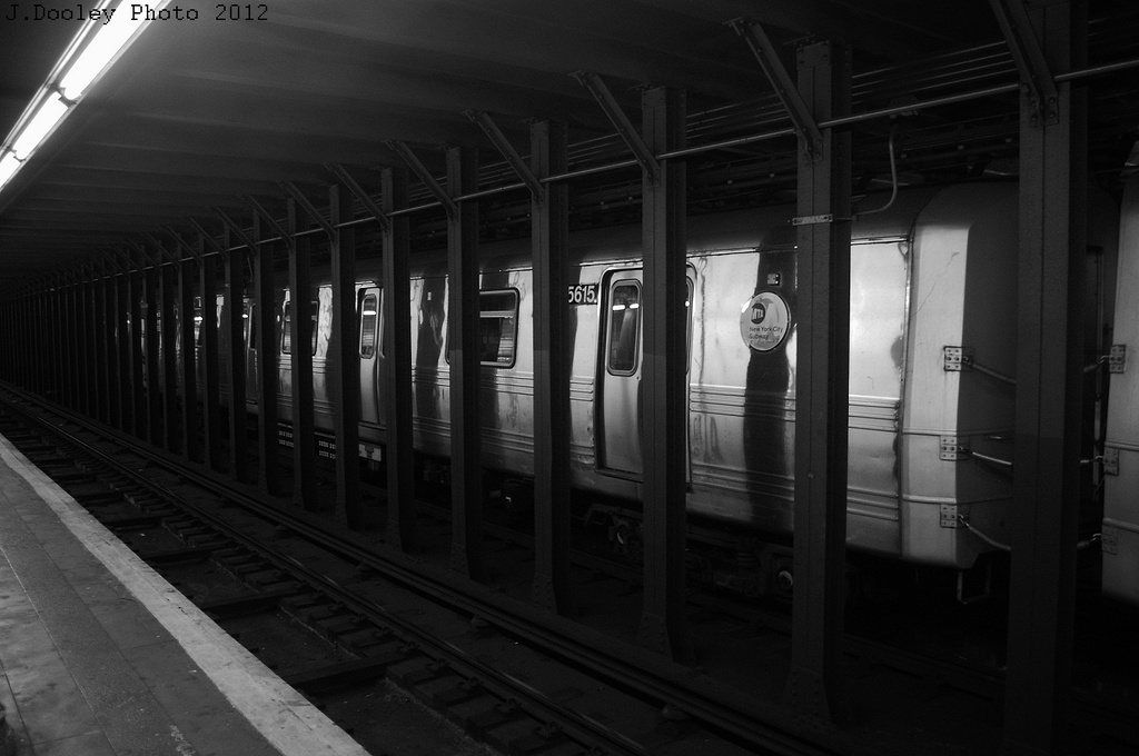(237k, 1024x680)<br><b>Country:</b> United States<br><b>City:</b> New York<br><b>System:</b> New York City Transit<br><b>Line:</b> BMT 4th Avenue<br><b>Location:</b> 53rd Street <br><b>Route:</b> Layup<br><b>Car:</b> R-46 (Pullman-Standard, 1974-75) 5615 <br><b>Photo by:</b> John Dooley<br><b>Date:</b> 11/1/2012<br><b>Notes:</b> Hurricane Sandy layup<br><b>Viewed (this week/total):</b> 0 / 883