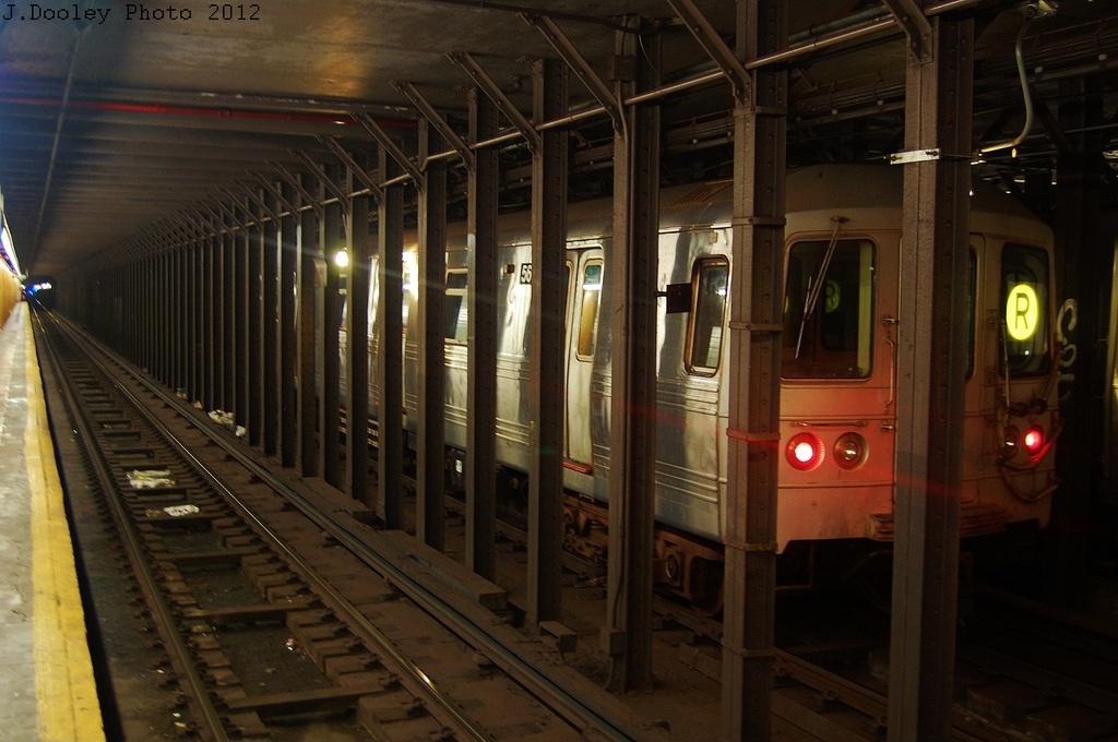 (301k, 1024x680)<br><b>Country:</b> United States<br><b>City:</b> New York<br><b>System:</b> New York City Transit<br><b>Line:</b> BMT 4th Avenue<br><b>Location:</b> 53rd Street <br><b>Route:</b> Layup<br><b>Car:</b> R-46 (Pullman-Standard, 1974-75) 5618 <br><b>Photo by:</b> John Dooley<br><b>Date:</b> 11/1/2012<br><b>Notes:</b> Hurricane Sandy layup<br><b>Viewed (this week/total):</b> 1 / 1130