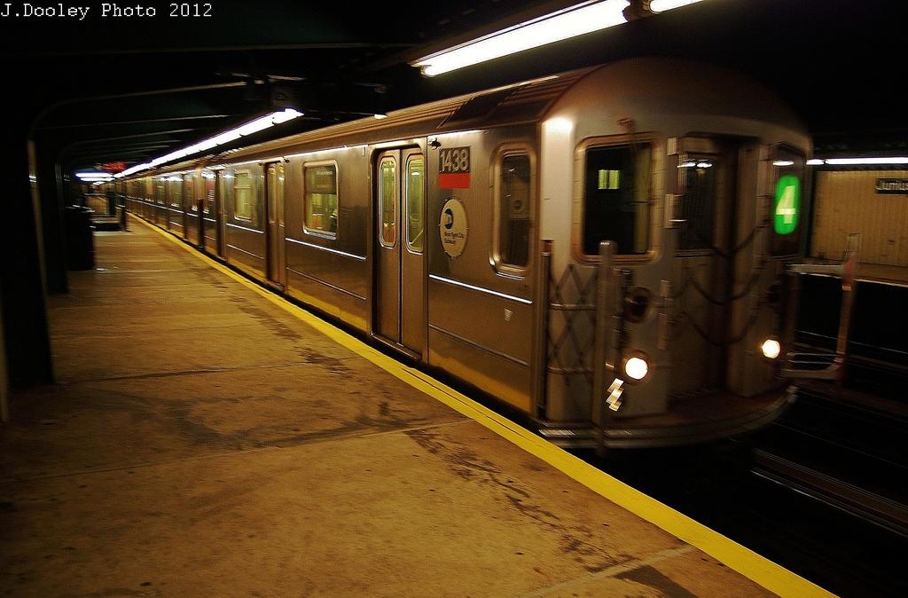 (325k, 1024x674)<br><b>Country:</b> United States<br><b>City:</b> New York<br><b>System:</b> New York City Transit<br><b>Line:</b> IRT Brooklyn Line<br><b>Location:</b> Junius Street <br><b>Route:</b> 4<br><b>Car:</b> R-62 (Kawasaki, 1983-1985)  1438 <br><b>Photo by:</b> John Dooley<br><b>Date:</b> 11/1/2012<br><b>Notes:</b> Post-Sandy: #3 line cars used on #4<br><b>Viewed (this week/total):</b> 3 / 1457
