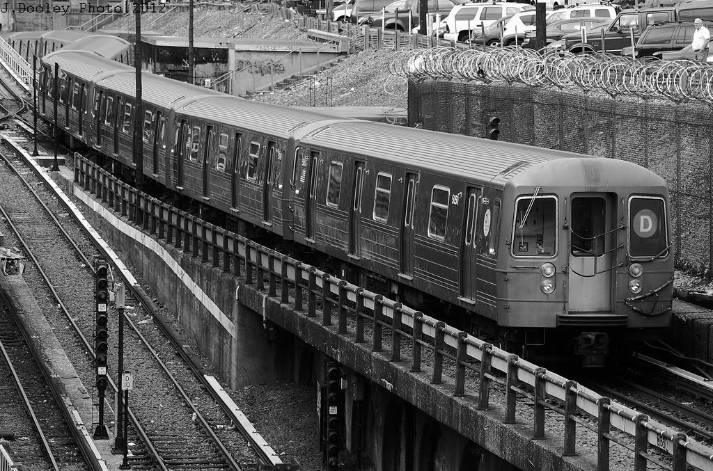 (444k, 1024x677)<br><b>Country:</b> United States<br><b>City:</b> New York<br><b>System:</b> New York City Transit<br><b>Line:</b> BMT West End Line<br><b>Location:</b> 9th Avenue <br><b>Route:</b> D<br><b>Car:</b> R-68A (Kawasaki, 1988-1989)  5050 <br><b>Photo by:</b> John Dooley<br><b>Date:</b> 11/1/2012<br><b>Notes:</b> Post-Sandy service<br><b>Viewed (this week/total):</b> 0 / 1130