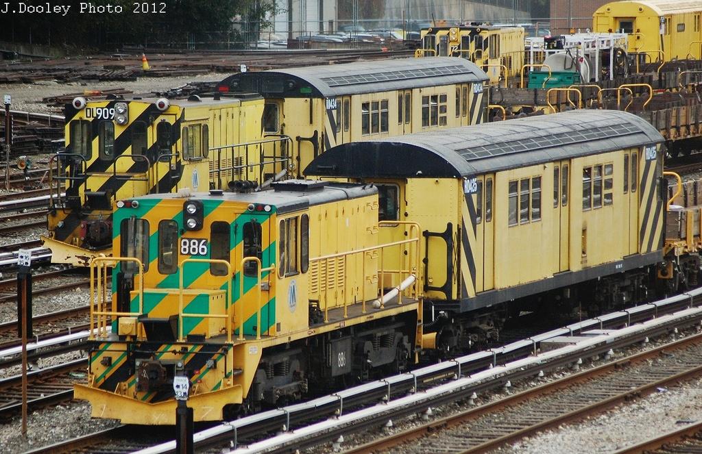 (435k, 1024x663)<br><b>Country:</b> United States<br><b>City:</b> New York<br><b>System:</b> New York City Transit<br><b>Location:</b> 36th Street Yard<br><b>Route:</b> Work Service<br><b>Car:</b> R-120 Locomotive  909 <br><b>Photo by:</b> John Dooley<br><b>Date:</b> 10/28/2012<br><b>Viewed (this week/total):</b> 2 / 733