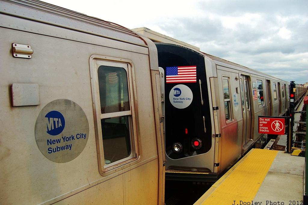 (305k, 1024x680)<br><b>Country:</b> United States<br><b>City:</b> New York<br><b>System:</b> New York City Transit<br><b>Line:</b> BMT West End Line<br><b>Location:</b> 62nd Street <br><b>Car:</b> R-160B (Kawasaki, 2005-2008)  8972 <br><b>Photo by:</b> John Dooley<br><b>Date:</b> 11/1/2012<br><b>Viewed (this week/total):</b> 6 / 868