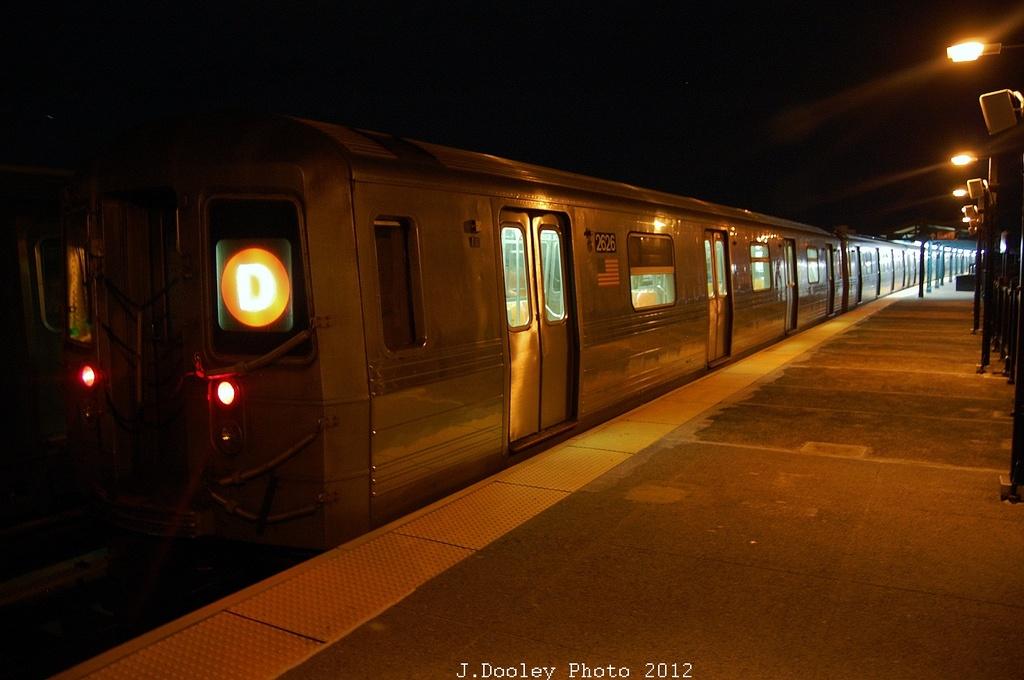 (269k, 1024x680)<br><b>Country:</b> United States<br><b>City:</b> New York<br><b>System:</b> New York City Transit<br><b>Line:</b> BMT West End Line<br><b>Location:</b> 55th Street <br><b>Route:</b> D<br><b>Car:</b> R-68 (Westinghouse-Amrail, 1986-1988)  2626 <br><b>Photo by:</b> John Dooley<br><b>Date:</b> 11/2/2012<br><b>Viewed (this week/total):</b> 4 / 815