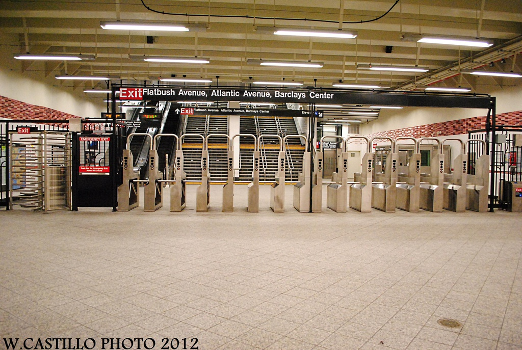 (359k, 1024x687)<br><b>Country:</b> United States<br><b>City:</b> New York<br><b>System:</b> New York City Transit<br><b>Line:</b> IRT Brooklyn Line<br><b>Location:</b> Atlantic Avenue <br><b>Photo by:</b> Wilfredo Castillo<br><b>Date:</b> 10/22/2012<br><b>Viewed (this week/total):</b> 3 / 950