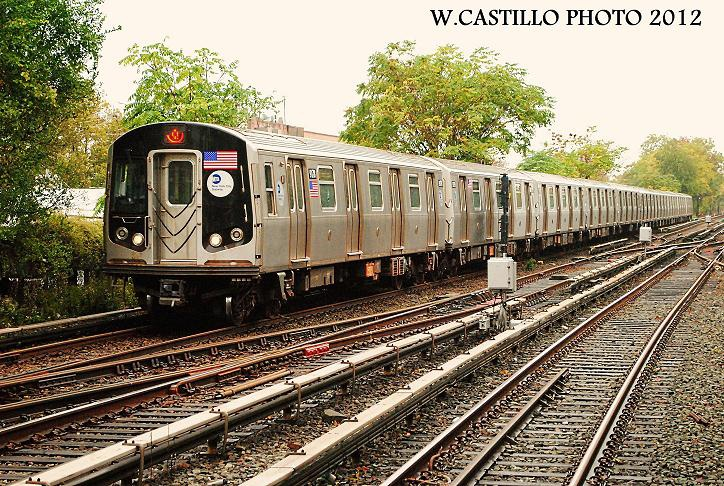(226k, 724x486)<br><b>Country:</b> United States<br><b>City:</b> New York<br><b>System:</b> New York City Transit<br><b>Line:</b> BMT Brighton Line<br><b>Location:</b> Kings Highway <br><b>Route:</b> Q<br><b>Car:</b> R-160B (Option 1) (Kawasaki, 2008-2009)  9178 <br><b>Photo by:</b> Wilfredo Castillo<br><b>Date:</b> 10/19/2012<br><b>Viewed (this week/total):</b> 0 / 628