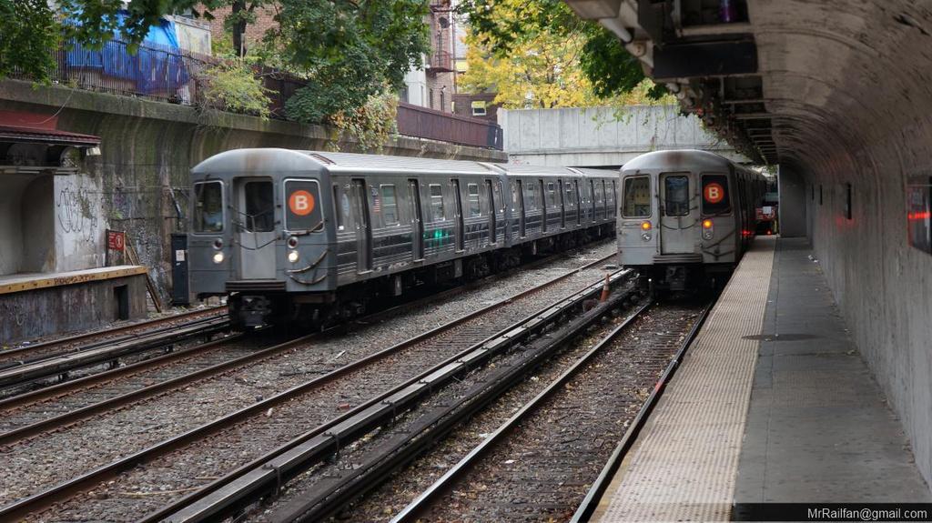 (280k, 1024x575)<br><b>Country:</b> United States<br><b>City:</b> New York<br><b>System:</b> New York City Transit<br><b>Line:</b> BMT Brighton Line<br><b>Location:</b> Cortelyou Road <br><b>Route:</b> B<br><b>Car:</b> R-68A (Kawasaki, 1988-1989)   <br><b>Photo by:</b> Mr. Railfan<br><b>Date:</b> 10/23/2012<br><b>Viewed (this week/total):</b> 4 / 1293