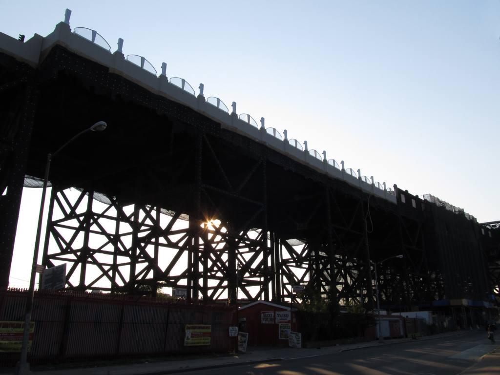 (96k, 1024x768)<br><b>Country:</b> United States<br><b>City:</b> New York<br><b>System:</b> New York City Transit<br><b>Line:</b> IND Crosstown Line<br><b>Location:</b> Smith/9th Street <br><b>Photo by:</b> Robbie Rosenfeld<br><b>Date:</b> 9/13/2012<br><b>Notes:</b> Viaduct reconstruction work.<br><b>Viewed (this week/total):</b> 2 / 700