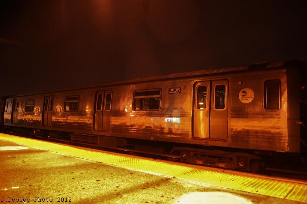 (261k, 1024x680)<br><b>Country:</b> United States<br><b>City:</b> New York<br><b>System:</b> New York City Transit<br><b>Line:</b> BMT West End Line<br><b>Location:</b> 79th Street <br><b>Car:</b> R-68 (Westinghouse-Amrail, 1986-1988)  2525 <br><b>Photo by:</b> John Dooley<br><b>Date:</b> 11/12/2012<br><b>Notes:</b> Post-Sandy layups due to Coney Island Yard cleanup<br><b>Viewed (this week/total):</b> 1 / 810