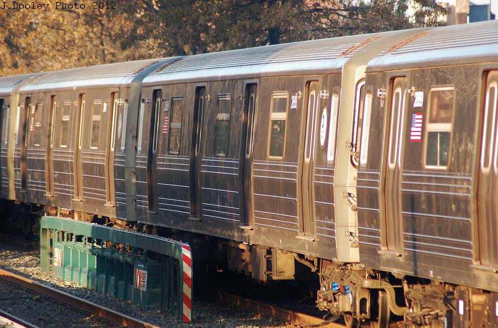 (399k, 1024x675)<br><b>Country:</b> United States<br><b>City:</b> New York<br><b>System:</b> New York City Transit<br><b>Line:</b> BMT Brighton Line<br><b>Location:</b> Avenue U <br><b>Car:</b> R-68 (Westinghouse-Amrail, 1986-1988)  2888 <br><b>Photo by:</b> John Dooley<br><b>Date:</b> 11/11/2012<br><b>Notes:</b> Post-Sandy layups due to Coney Island Yard cleanup<br><b>Viewed (this week/total):</b> 3 / 703