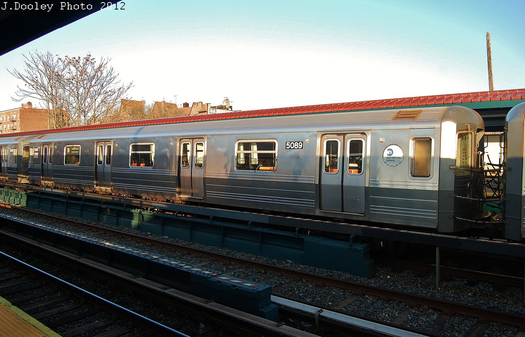(327k, 1024x657)<br><b>Country:</b> United States<br><b>City:</b> New York<br><b>System:</b> New York City Transit<br><b>Line:</b> BMT Brighton Line<br><b>Location:</b> Avenue U <br><b>Car:</b> R-68A (Kawasaki, 1988-1989)  5089 <br><b>Photo by:</b> John Dooley<br><b>Date:</b> 11/11/2012<br><b>Notes:</b> Post-Sandy layups due to Coney Island Yard cleanup<br><b>Viewed (this week/total):</b> 0 / 761
