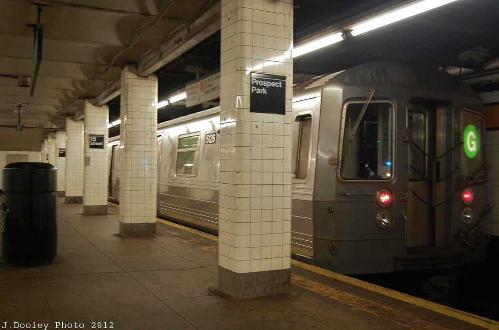 (275k, 1024x677)<br><b>Country:</b> United States<br><b>City:</b> New York<br><b>System:</b> New York City Transit<br><b>Line:</b> IND Crosstown Line<br><b>Location:</b> 15th Street/Prospect Park <br><b>Route:</b> G<br><b>Car:</b> R-68A (Kawasaki, 1988-1989)  5126 <br><b>Photo by:</b> John Dooley<br><b>Date:</b> 11/13/2012<br><b>Viewed (this week/total):</b> 1 / 1269