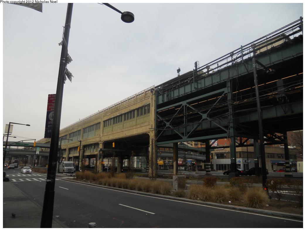 (304k, 1044x788)<br><b>Country:</b> United States<br><b>City:</b> New York<br><b>System:</b> New York City Transit<br><b>Location:</b> Queensborough Plaza <br><b>Photo by:</b> Nicholas Noel<br><b>Date:</b> 12/2/2012<br><b>Viewed (this week/total):</b> 0 / 880