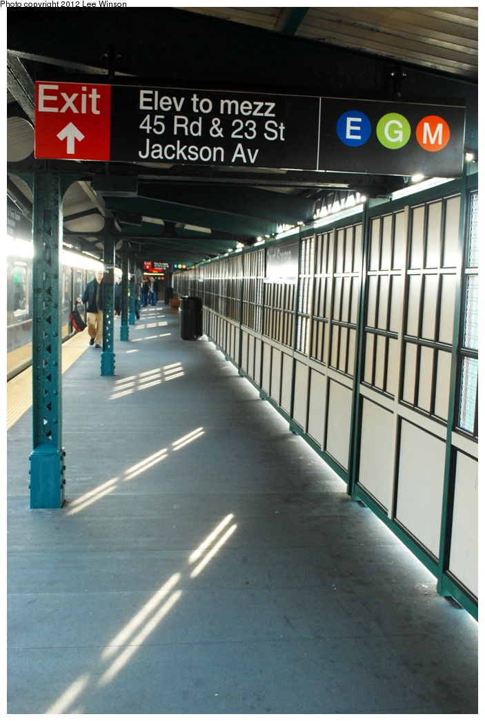 (278k, 703x1044)<br><b>Country:</b> United States<br><b>City:</b> New York<br><b>System:</b> New York City Transit<br><b>Line:</b> IRT Flushing Line<br><b>Location:</b> Court House Square/45th Road <br><b>Photo by:</b> Lee Winson<br><b>Date:</b> 12/2/2012<br><b>Viewed (this week/total):</b> 0 / 883
