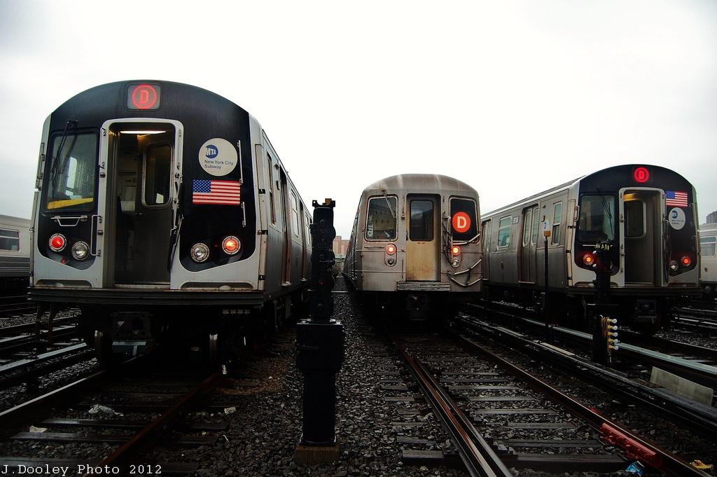(279k, 1024x681)<br><b>Country:</b> United States<br><b>City:</b> New York<br><b>System:</b> New York City Transit<br><b>Location:</b> Coney Island Yard<br><b>Car:</b> R-160A/R-160B Series (Number Unknown)  <br><b>Photo by:</b> John Dooley<br><b>Date:</b> 12/9/2012<br><b>Notes:</b> l-to-r: R-160, R-68, and R-143<br><b>Viewed (this week/total):</b> 0 / 1201