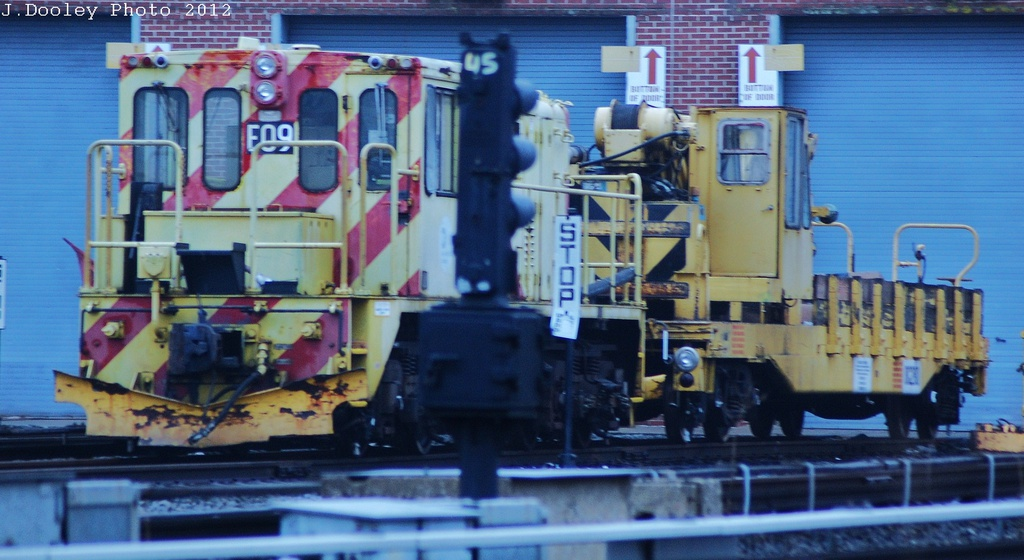 (269k, 1024x560)<br><b>Country:</b> United States<br><b>City:</b> New York<br><b>System:</b> New York City Transit<br><b>Location:</b> Coney Island Yard<br><b>Car:</b> R-77E Locomotive  E09 <br><b>Photo by:</b> John Dooley<br><b>Date:</b> 12/8/2012<br><b>Viewed (this week/total):</b> 0 / 833