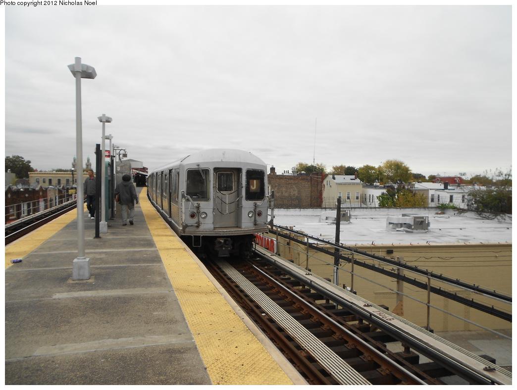 (335k, 1044x788)<br><b>Country:</b> United States<br><b>City:</b> New York<br><b>System:</b> New York City Transit<br><b>Line:</b> BMT Nassau Street/Jamaica Line<br><b>Location:</b> Norwood Avenue <br><b>Route:</b> J<br><b>Car:</b> R-42 (St. Louis, 1969-1970)  4812 <br><b>Photo by:</b> Nicholas Noel<br><b>Date:</b> 10/26/2012<br><b>Viewed (this week/total):</b> 0 / 982
