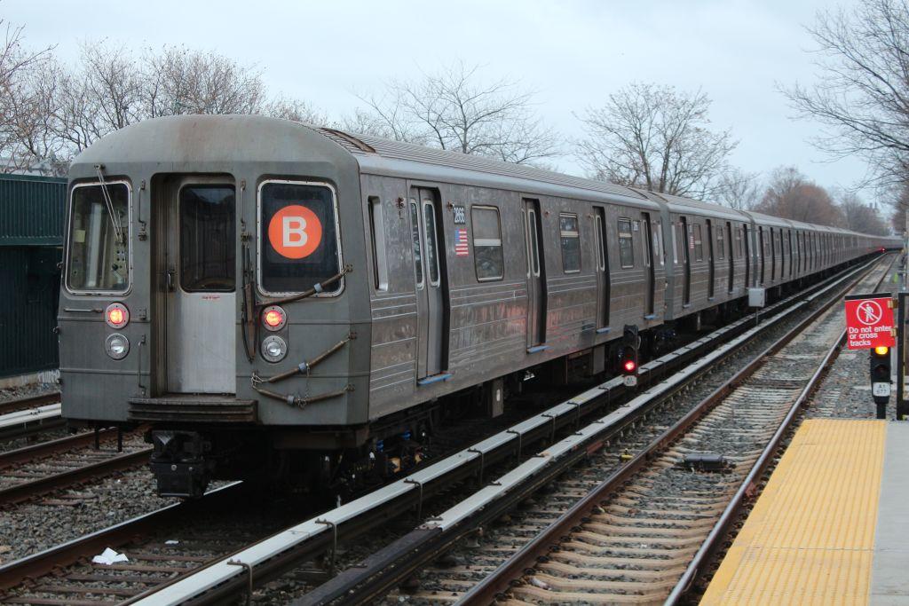 (156k, 1024x683)<br><b>Country:</b> United States<br><b>City:</b> New York<br><b>System:</b> New York City Transit<br><b>Line:</b> BMT Brighton Line<br><b>Location:</b> Neck Road <br><b>Route:</b> Layup<br><b>Car:</b> R-68 (Westinghouse-Amrail, 1986-1988)  2866 <br><b>Photo by:</b> Neil Feldman<br><b>Date:</b> 12/16/2012<br><b>Viewed (this week/total):</b> 0 / 1011