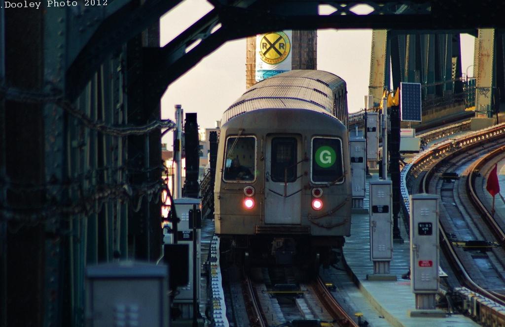 (280k, 1024x665)<br><b>Country:</b> United States<br><b>City:</b> New York<br><b>System:</b> New York City Transit<br><b>Line:</b> IND Crosstown Line<br><b>Location:</b> 4th Avenue <br><b>Route:</b> G<br><b>Car:</b> R-68A (Kawasaki, 1988-1989)   <br><b>Photo by:</b> John Dooley<br><b>Date:</b> 12/18/2012<br><b>Viewed (this week/total):</b> 0 / 6697
