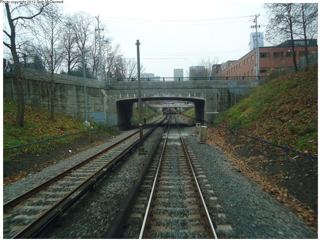 (394k, 1044x788)<br><b>Country:</b> Canada<br><b>City:</b> Toronto<br><b>System:</b> TTC<br><b>Line:</b> TTC Yonge-University-Spadina Subway<br><b>Location:</b> Rosedale <br><b>Photo by:</b> Seth McDermott<br><b>Date:</b> 12/3/2012<br><b>Notes:</b> Roxborough Street bridge  approaching Rosedale southbound<br><b>Viewed (this week/total):</b> 0 / 405