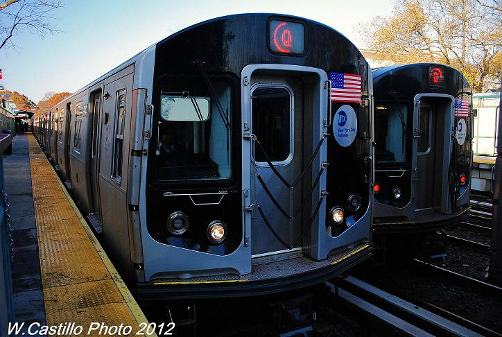 (121k, 724x486)<br><b>Country:</b> United States<br><b>City:</b> New York<br><b>System:</b> New York City Transit<br><b>Line:</b> BMT Brighton Line<br><b>Location:</b> Avenue J <br><b>Route:</b> Q<br><b>Car:</b> R-160B (Option 1) (Kawasaki, 2008-2009)  9047 <br><b>Photo by:</b> Wilfredo Castillo<br><b>Date:</b> 11/11/2012<br><b>Viewed (this week/total):</b> 1 / 914