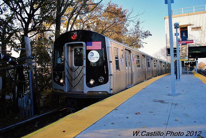(146k, 724x486)<br><b>Country:</b> United States<br><b>City:</b> New York<br><b>System:</b> New York City Transit<br><b>Line:</b> BMT Brighton Line<br><b>Location:</b> Kings Highway <br><b>Route:</b> Q<br><b>Car:</b> R-160B (Option 1) (Kawasaki, 2008-2009)  9087 <br><b>Photo by:</b> Wilfredo Castillo<br><b>Date:</b> 11/11/2012<br><b>Viewed (this week/total):</b> 0 / 797