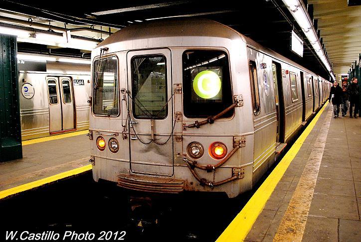 (111k, 724x486)<br><b>Country:</b> United States<br><b>City:</b> New York<br><b>System:</b> New York City Transit<br><b>Line:</b> IND Crosstown Line<br><b>Location:</b> Bedford/Nostrand Aves. <br><b>Route:</b> G layup<br><b>Car:</b> R-46 (Pullman-Standard, 1974-75) 5534 <br><b>Photo by:</b> Wilfredo Castillo<br><b>Date:</b> 11/17/2012<br><b>Notes:</b> 8-car trains of R-46 cars after Sandy<br><b>Viewed (this week/total):</b> 0 / 962