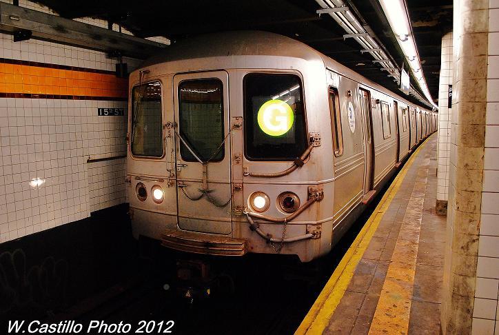 (114k, 724x486)<br><b>Country:</b> United States<br><b>City:</b> New York<br><b>System:</b> New York City Transit<br><b>Line:</b> IND Crosstown Line<br><b>Location:</b> 15th Street/Prospect Park <br><b>Route:</b> G<br><b>Car:</b> R-46 (Pullman-Standard, 1974-75) 5820 <br><b>Photo by:</b> Wilfredo Castillo<br><b>Date:</b> 11/13/2012<br><b>Notes:</b> 8-car trains of R-46 cars after Sandy<br><b>Viewed (this week/total):</b> 1 / 751