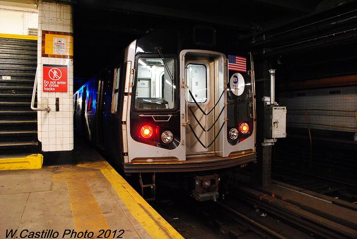 (98k, 724x486)<br><b>Country:</b> United States<br><b>City:</b> New York<br><b>System:</b> New York City Transit<br><b>Line:</b> IND Crosstown Line<br><b>Location:</b> 7th Avenue/Park Slope <br><b>Route:</b> Layup<br><b>Car:</b> R-160A/R-160B Series (Number Unknown)  <br><b>Photo by:</b> Wilfredo Castillo<br><b>Date:</b> 11/13/2012<br><b>Viewed (this week/total):</b> 4 / 1230