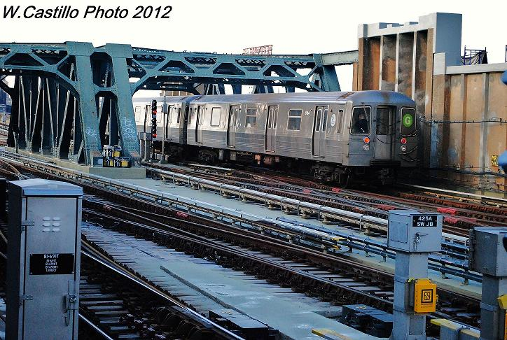 (145k, 724x486)<br><b>Country:</b> United States<br><b>City:</b> New York<br><b>System:</b> New York City Transit<br><b>Line:</b> IND Crosstown Line<br><b>Location:</b> 4th Avenue <br><b>Route:</b> G<br><b>Car:</b> R-68A (Kawasaki, 1988-1989)  5154 <br><b>Photo by:</b> Wilfredo Castillo<br><b>Date:</b> 12/18/2012<br><b>Viewed (this week/total):</b> 1 / 925
