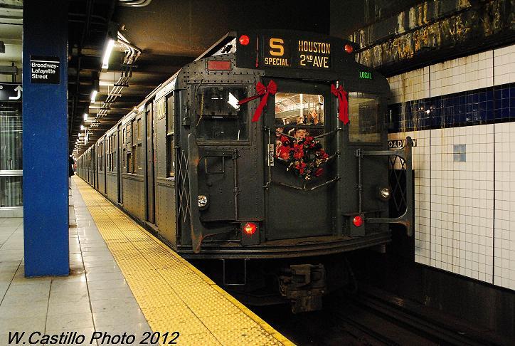 (106k, 724x486)<br><b>Country:</b> United States<br><b>City:</b> New York<br><b>System:</b> New York City Transit<br><b>Line:</b> IND 6th Avenue Line<br><b>Location:</b> Broadway/Lafayette <br><b>Route:</b> Museum Train Service<br><b>Car:</b> R-6-1 (Pressed Steel, 1936)  1300 <br><b>Photo by:</b> Wilfredo Castillo<br><b>Date:</b> 12/2/2012<br><b>Viewed (this week/total):</b> 3 / 964