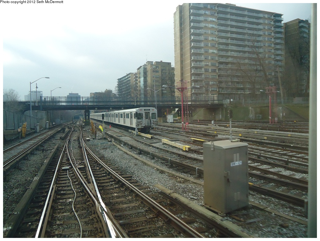(326k, 1044x788)<br><b>Country:</b> Canada<br><b>City:</b> Toronto<br><b>System:</b> TTC<br><b>Line:</b> TTC Yonge-University-Spadina Subway<br><b>Location:</b> Davisville <br><b>Photo by:</b> Seth McDermott<br><b>Date:</b> 12/3/2012<br><b>Notes:</b> Yonge Line ROW south of Davisville, seen from the front window of car 5249 travelling southbound ... Belt Line Trail bridge ahead<br><b>Viewed (this week/total):</b> 2 / 469