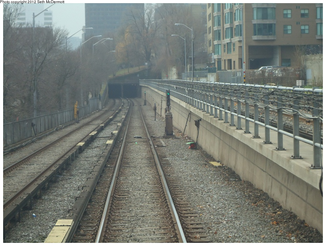 (339k, 1044x788)<br><b>Country:</b> Canada<br><b>City:</b> Toronto<br><b>System:</b> TTC<br><b>Line:</b> TTC Yonge-University-Spadina Subway<br><b>Location:</b> Davisville <br><b>Photo by:</b> Seth McDermott<br><b>Date:</b> 12/3/2012<br><b>Notes:</b> Yonge Line ROW south of Davisville, seen from the front window of car 5249 travelling southbound ... portal ahead<br><b>Viewed (this week/total):</b> 0 / 487