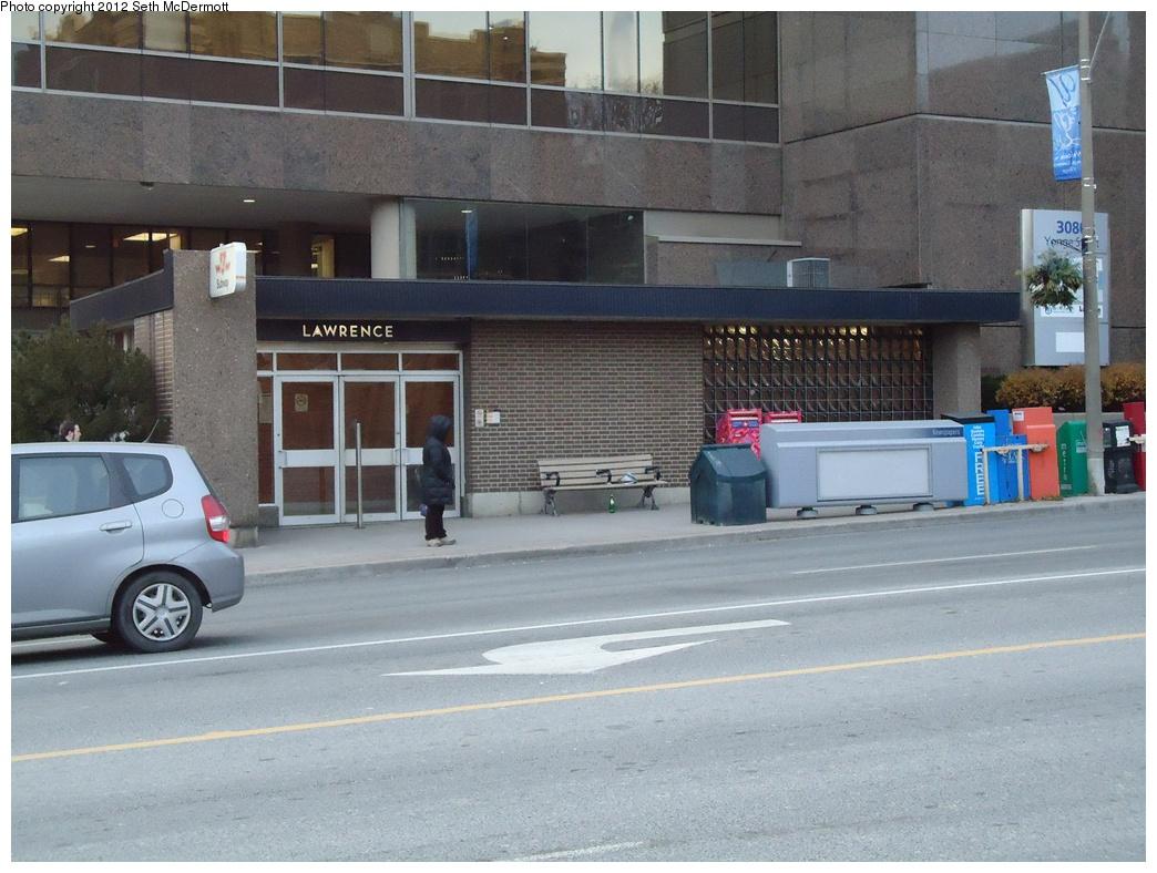 (315k, 1044x788)<br><b>Country:</b> Canada<br><b>City:</b> Toronto<br><b>System:</b> TTC<br><b>Line:</b> TTC Yonge-University-Spadina Subway<br><b>Location:</b> Lawrence <br><b>Photo by:</b> Seth McDermott<br><b>Date:</b> 12/6/2012<br><b>Notes:</b> Entrance to Lawrence Station from Yonge & Lawrence NW corner ... outdoor view<br><b>Viewed (this week/total):</b> 3 / 459