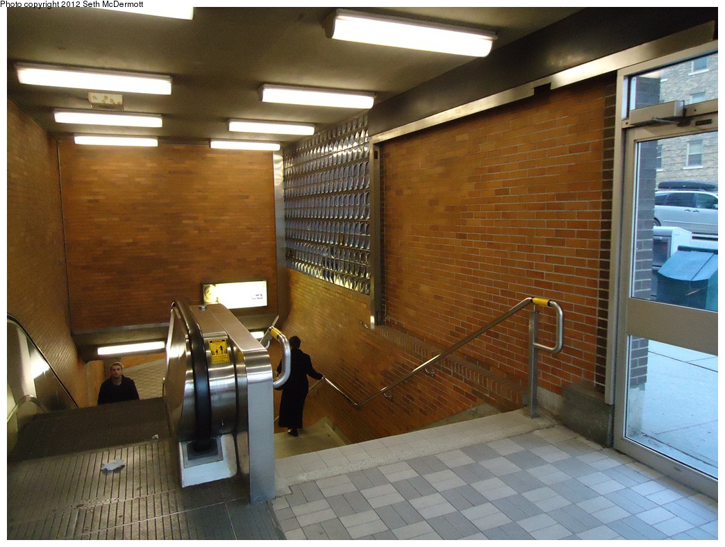 (316k, 1044x788)<br><b>Country:</b> Canada<br><b>City:</b> Toronto<br><b>System:</b> TTC<br><b>Line:</b> TTC Yonge-University-Spadina Subway<br><b>Location:</b> Lawrence <br><b>Photo by:</b> Seth McDermott<br><b>Date:</b> 12/6/2012<br><b>Notes:</b> Entrance to Lawrence Station from Yonge & Lawrence NW corner<br><b>Viewed (this week/total):</b> 0 / 391