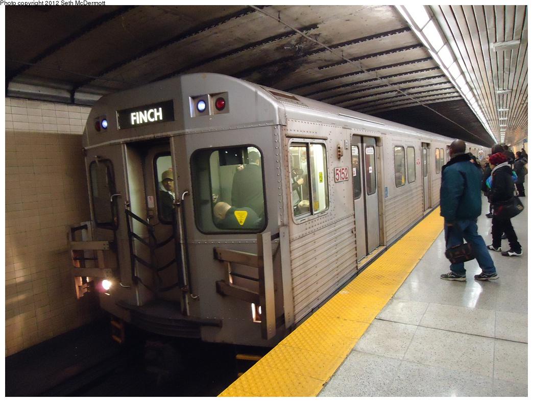 (318k, 1044x788)<br><b>Country:</b> Canada<br><b>City:</b> Toronto<br><b>System:</b> TTC<br><b>Line:</b> TTC Yonge-University-Spadina Subway<br><b>Location:</b> Lawrence <br><b>Car:</b> TTC T Series  5152 <br><b>Photo by:</b> Seth McDermott<br><b>Date:</b> 12/6/2012<br><b>Notes:</b> 5152 leading a northbound T1 train at Lawrence<br><b>Viewed (this week/total):</b> 1 / 444