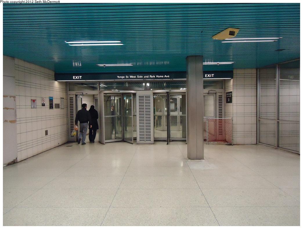 (312k, 1044x788)<br><b>Country:</b> Canada<br><b>City:</b> Toronto<br><b>System:</b> TTC<br><b>Line:</b> TTC Yonge-University-Spadina Subway<br><b>Location:</b> North York Centre <br><b>Photo by:</b> Seth McDermott<br><b>Date:</b> 12/3/2012<br><b>Notes:</b> Exit near aux fare control, to Park Home Avenue via retail concourse<br><b>Viewed (this week/total):</b> 2 / 408