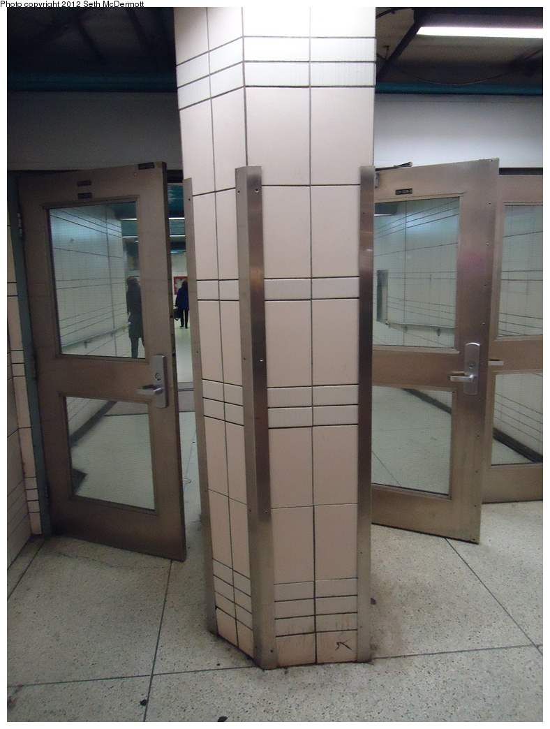 (265k, 788x1044)<br><b>Country:</b> Canada<br><b>City:</b> Toronto<br><b>System:</b> TTC<br><b>Line:</b> TTC Yonge-University-Spadina Subway<br><b>Location:</b> North York Centre <br><b>Photo by:</b> Seth McDermott<br><b>Date:</b> 12/3/2012<br><b>Notes:</b> Awkward column and door placement<br><b>Viewed (this week/total):</b> 1 / 400