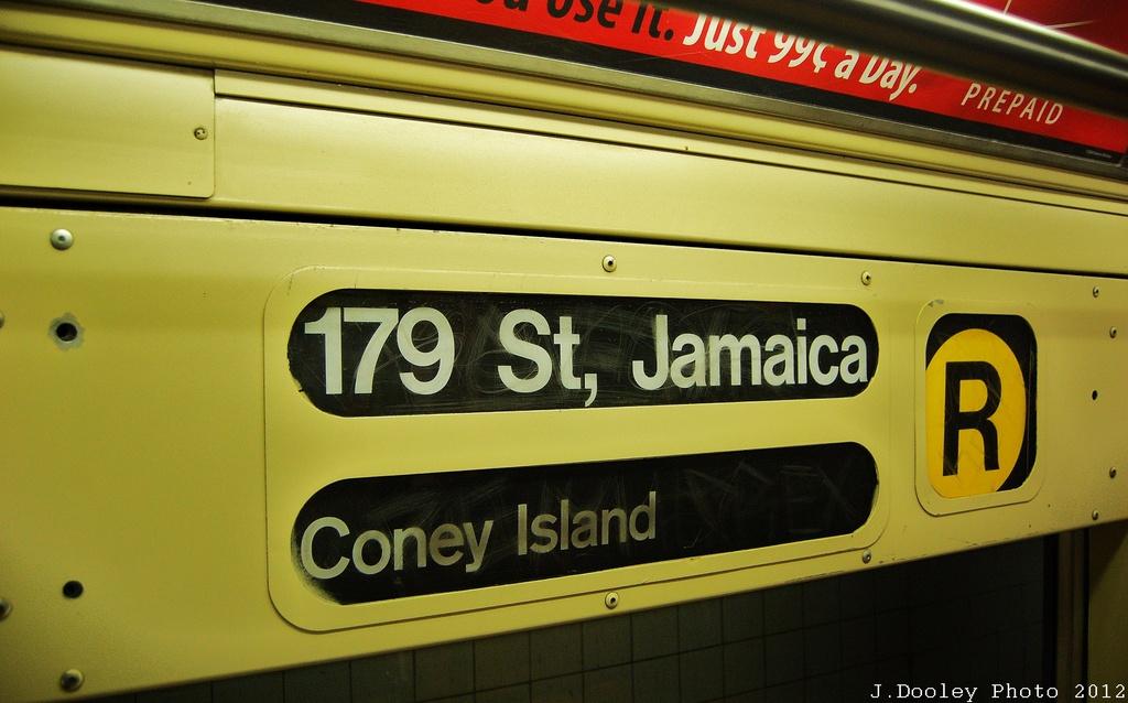 (262k, 1024x638)<br><b>Country:</b> United States<br><b>City:</b> New York<br><b>System:</b> New York City Transit<br><b>Location:</b> New York Transit Museum<br><b>Car:</b> R-40 (St. Louis, 1968)  4281 <br><b>Photo by:</b> John Dooley<br><b>Date:</b> 12/30/2012<br><b>Viewed (this week/total):</b> 0 / 1086