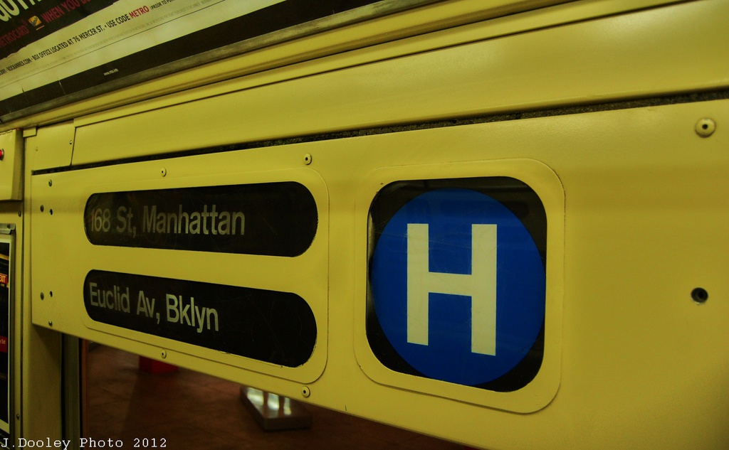 (219k, 1024x633)<br><b>Country:</b> United States<br><b>City:</b> New York<br><b>System:</b> New York City Transit<br><b>Location:</b> New York Transit Museum<br><b>Car:</b> R-40 (St. Louis, 1968)  4281 <br><b>Photo by:</b> John Dooley<br><b>Date:</b> 12/30/2012<br><b>Viewed (this week/total):</b> 1 / 1210