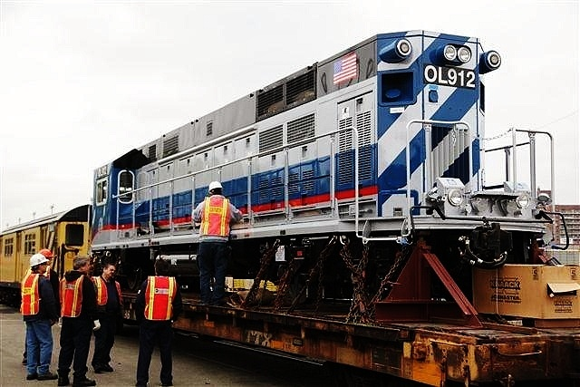 (135k, 640x427)<br><b>Country:</b> United States<br><b>City:</b> New York<br><b>System:</b> New York City Transit<br><b>Location:</b> Linden Yard <br><b>Car:</b> R-156 Diesel-Electric Locomotive (MPI, 2012-2013) 912 <br><b>Photo by:</b> John Dooley<br><b>Date:</b> 5/1/2012<br><b>Viewed (this week/total):</b> 1 / 979