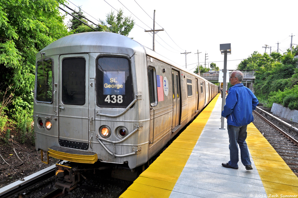 (447k, 1024x680)<br><b>Country:</b> United States<br><b>City:</b> New York<br><b>System:</b> New York City Transit<br><b>Line:</b> SIRT<br><b>Location:</b> Grasmere <br><b>Car:</b> R-44 SIRT (St. Louis, 1971-1973) 438 <br><b>Photo by:</b> Zach Summer<br><b>Date:</b> 6/14/2012<br><b>Notes:</b> Temporary platform.<br><b>Viewed (this week/total):</b> 1 / 1327